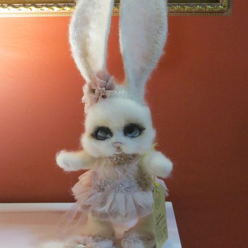 Авторская кукла Заяц с сердцем