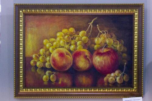 натюрморт с фруктами, картина на кухню, картина в гостиную, картина в подарок, подарок новоселам, подарок, яблоки, виноград, персики